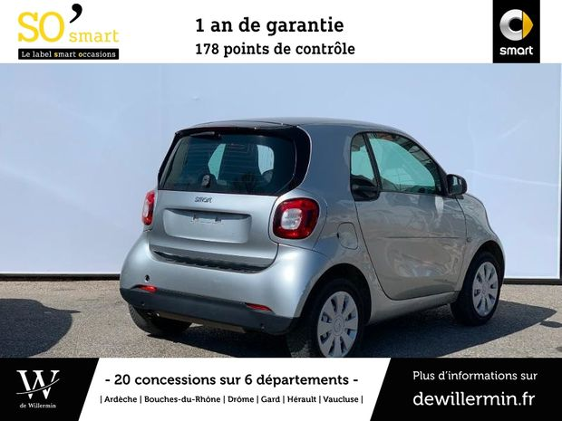 Photo miniature de la Smart fortwo Coupe 71ch pure twinamic 2018 d'occasion