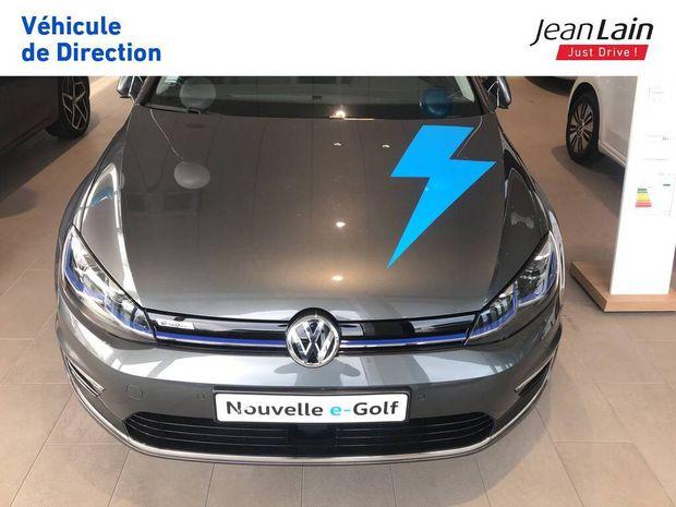 Photo miniature de la Volkswagen Golf E- 136 Electrique 2020 d'occasion