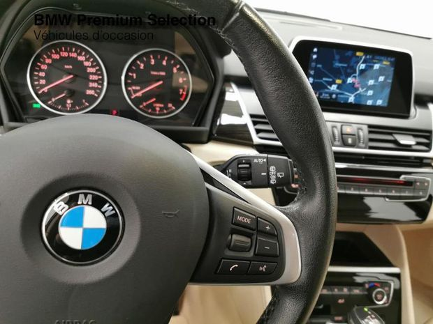 Photo miniature de la BMW Serie 2 ActiveTourer 218iA 136ch Luxury 2017 d'occasion
