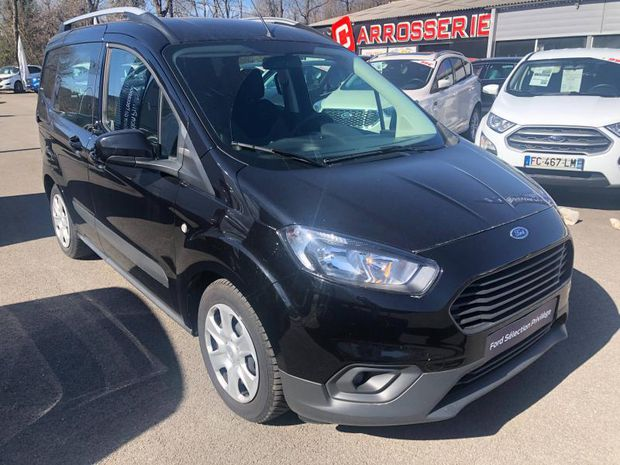 Photo miniature de la Ford Tourneo Courier 1.0E 100ch Trend 2019 d'occasion