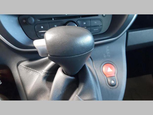 Photo miniature de la Renault Kangoo GRAND VOLUME MAXI DCI 90 E6 EDC EXTRA R-LINK 2018 d'occasion