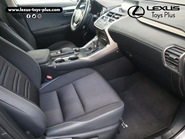 Photo miniature de la Lexus NX 300h 2WD Sport Edition 2017 d'occasion