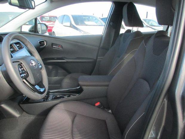 Photo miniature de la Toyota Prius Rechargeable 122h Solar MC19 5cv 2020 d'occasion