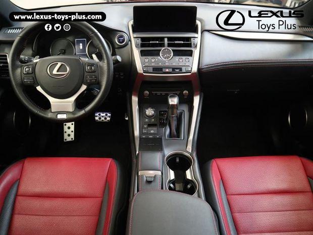 Photo miniature de la Lexus NX 300h 4WD F SPORT Euro6d-T 2018 d'occasion