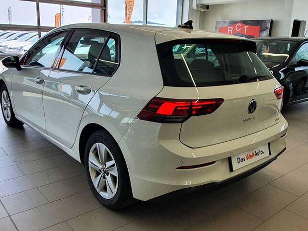Photo miniature de la Volkswagen Golf 1.5 eTSI OPF 150 DSG7 Life 1st 2020 d'occasion