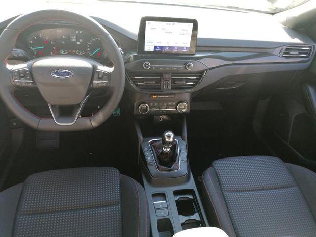 Photo miniature de la Ford Focus 1.0 EcoBoost 125ch mHEV ST-Line Business 2021 d'occasion