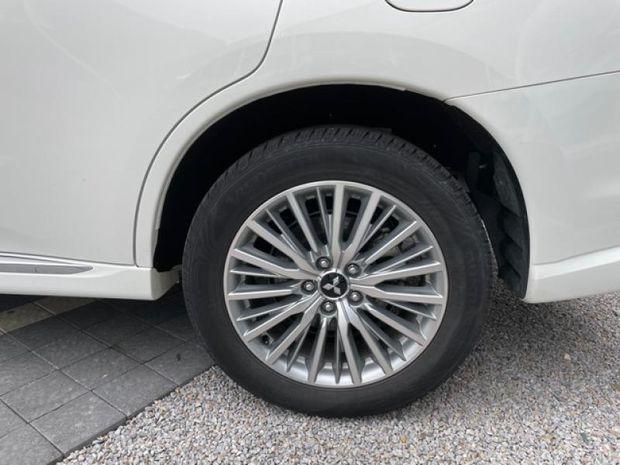 Photo miniature de la Mitsubishi Outlander PHEV PHEV Twin Motor Business 4WD Euro6d-T EVAP 5cv 2019 d'occasion