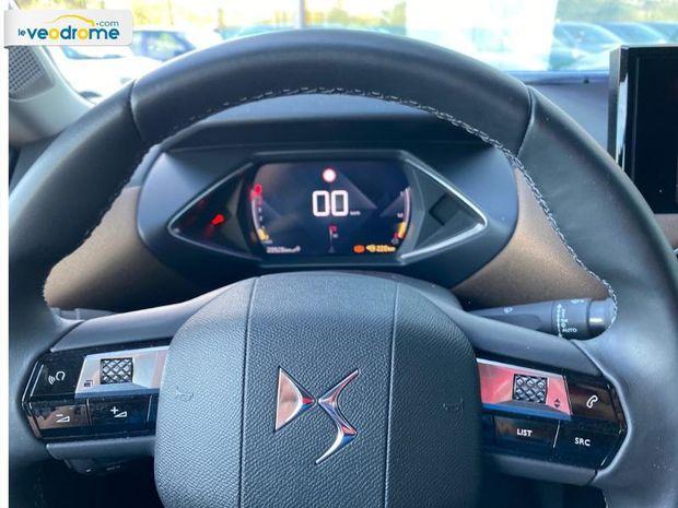 Photo miniature de la DS DS 3 Crossback BlueHDi 100ch So Chic Radar AR GPS Apple Carplay Clim Auto 2019 d'occasion