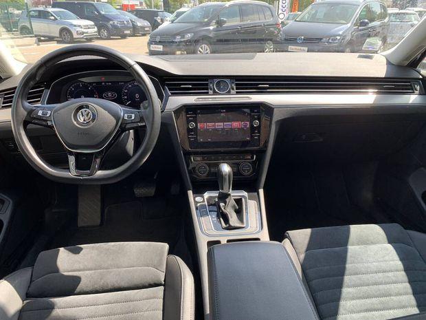 Photo miniature de la Volkswagen Passat SW 2.0 TDI 150 BMT DSG7 Carat 2018 d'occasion