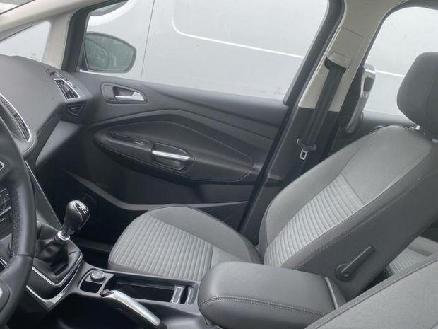 Photo miniature de la Ford Grand C-MAX 1.5 TDCi 120ch Stop&Start Titanium Euro6.2 2019 d'occasion