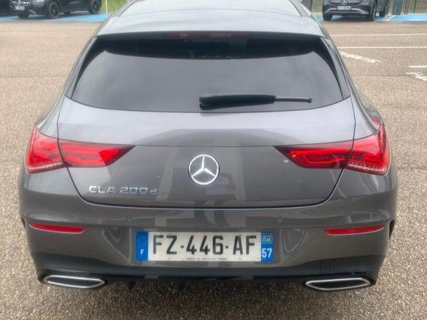 Photo miniature de la Mercedes CLA Shooting Brake 200 d 150ch AMG Line 8G-DCT 8cv 2021 d'occasion