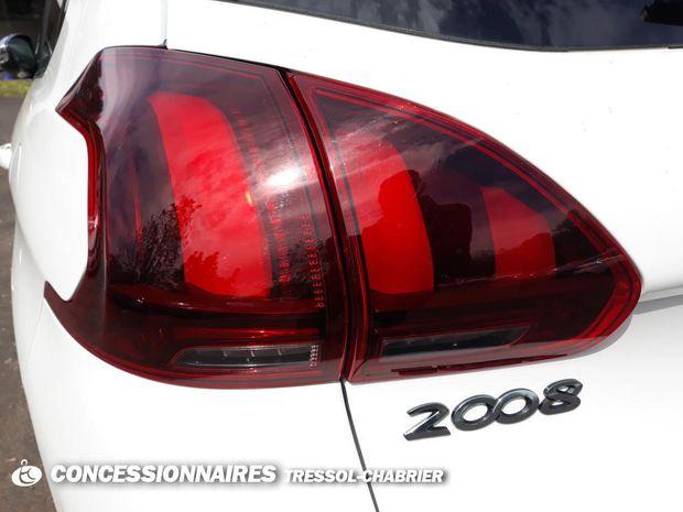 Photo miniature de la Peugeot 2008 BlueHDi 100ch S&S BVM5 Style 2019 d'occasion