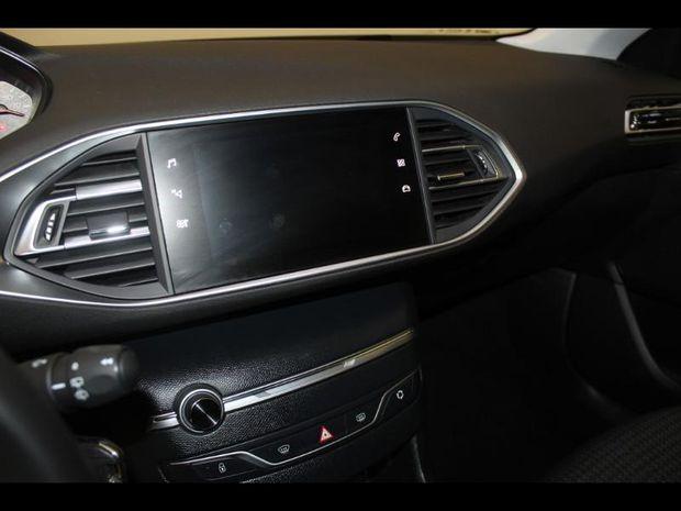 Photo miniature de la Peugeot 308 1.5 BlueHDi 100ch E6.c S&S Active 2020 d'occasion