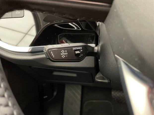 Photo miniature de la Audi Q3 35 TFSI 150 ch S tronic 7 Design Luxe 2020 d'occasion