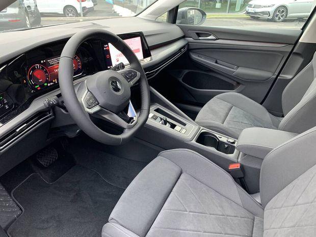 Photo miniature de la Volkswagen Golf 1.4 Hybrid Rechargeable OPF 204 DSG6 Style 1st 2020 d'occasion