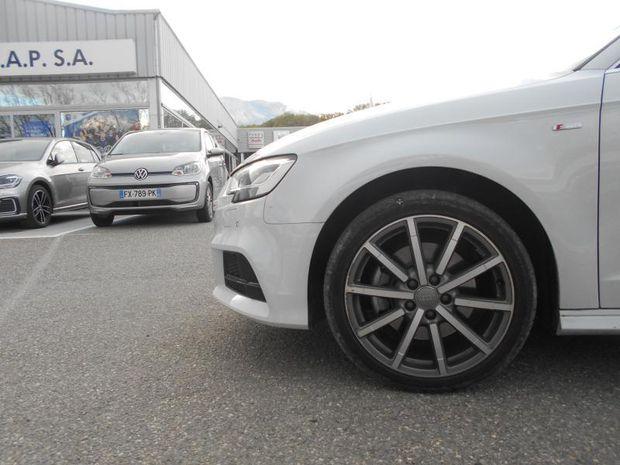 Photo miniature de la Audi A3 Sportback 40 TDI 184ch Design luxe quattro S tronic 7 Euro6d-T 129g 2019 d'occasion