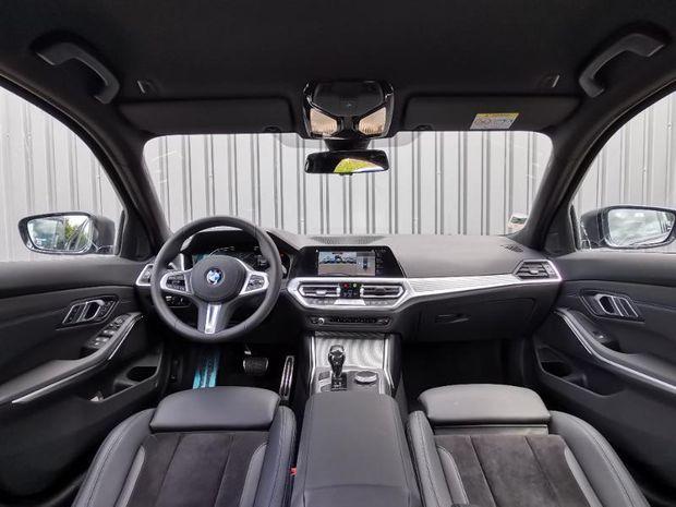 Photo miniature de la BMW Serie 3 318dA MH 150ch M Sport 2021 d'occasion
