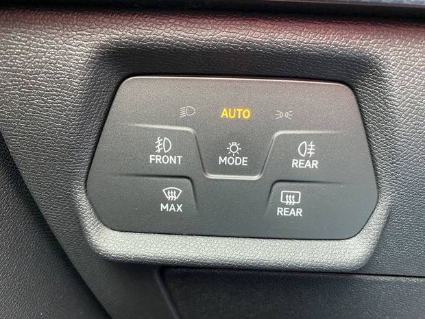 Photo miniature de la Seat Leon 2.0 TDI 115 BVM6 Style 2020 d'occasion