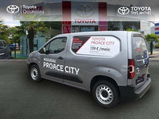 Photo miniature de la Toyota PROACE City Long 100 D-4D Business 2020 d'occasion