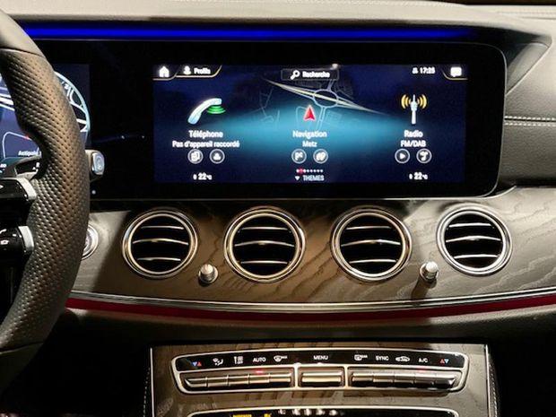 Photo miniature de la Mercedes Classe E 220 d 194ch AMG Line 9G-Tronic 2021 d'occasion