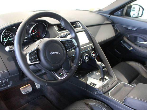 Photo miniature de la Jaguar E-Pace 2.0 D - 180 ch AWD BVA R-Dynamic SE 2018 d'occasion