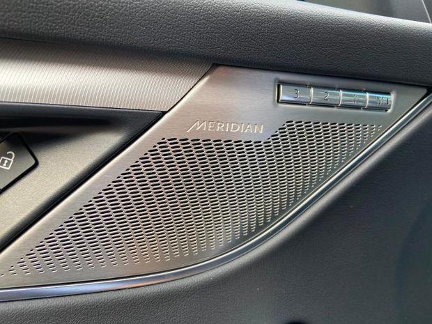 Photo miniature de la Jaguar F-Pace P400e Plug-in-Hybrid R-Dynamic SE BVA8 AWD 2021 d'occasion