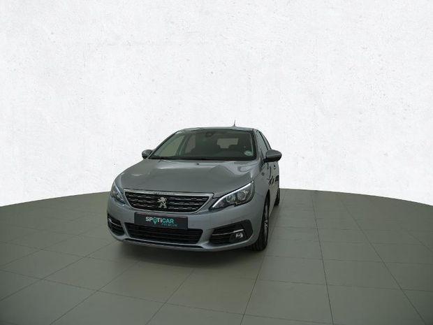 Photo miniature de la Peugeot 308 1.5 BlueHDi 130ch S&S Allure EAT8 7cv 2020 d'occasion