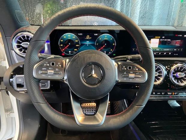 Photo miniature de la Mercedes CLA 180 d 116ch AMG Line 7G-DCT 2021 d'occasion