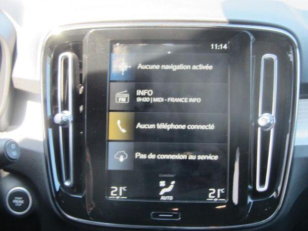 Photo miniature de la Volvo XC40 D3 AdBlue 150ch Momentum Geartronic 8 2020 d'occasion