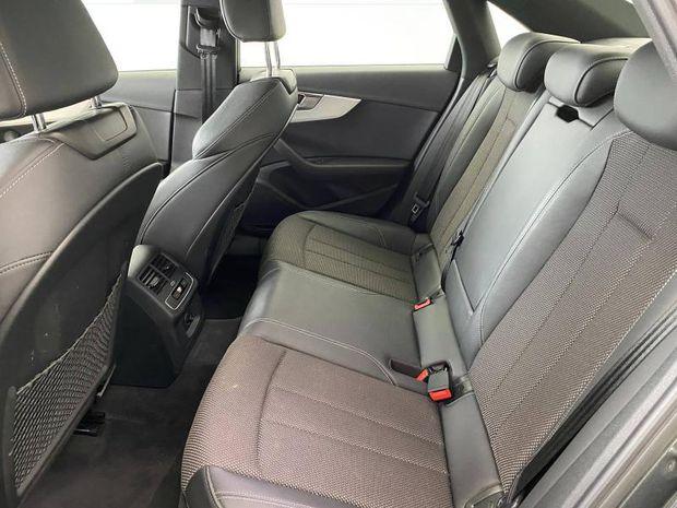 Photo miniature de la Audi A4 35 TFSI 150ch S line S tronic 7 2020 d'occasion