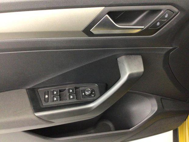 Photo miniature de la Volkswagen T-Roc 1.5 TSI EVO 150ch Lounge DSG7 S&S 2020 d'occasion