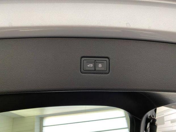 Photo miniature de la Audi Q5 Sportback 40 TDI 204ch S line quattro S tronic 7 2021 d'occasion
