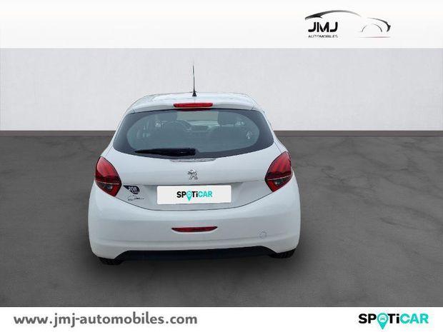 Photo miniature de la Peugeot 208 1.2 PureTech 68ch Like 5p 2018 d'occasion