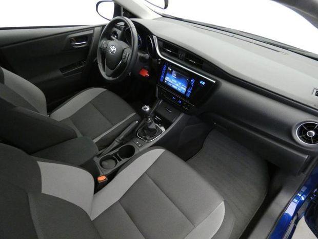 Photo miniature de la Toyota Auris Touring Sports 90 D-4D Tendance 2017 d'occasion