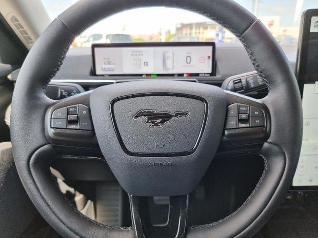 Photo miniature de la Ford Mustang Mach-E Extended Range 99kWh 294ch 2021 d'occasion