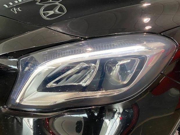 Photo miniature de la Mercedes GLA Classe  180 d Inspiration 2018 d'occasion