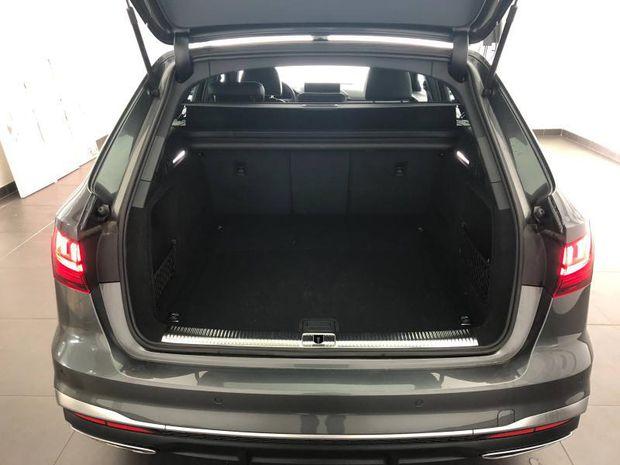 Photo miniature de la Audi A4 Avant 30 TDI 136ch S line S tronic 7 7cv 2020 d'occasion