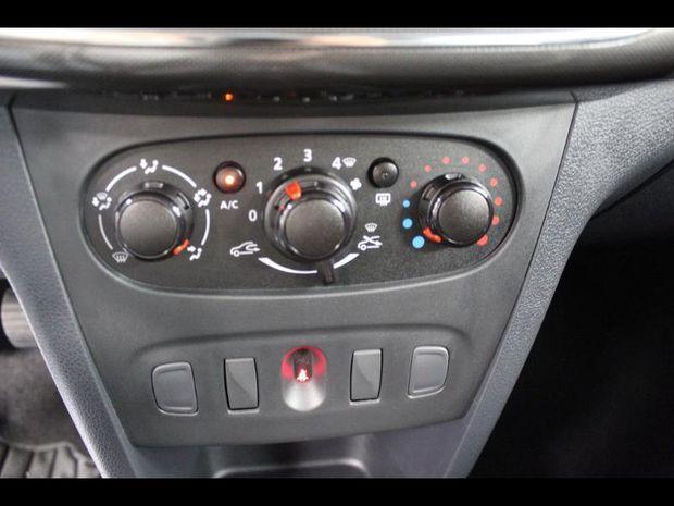 Photo miniature de la Dacia Sandero 1.0 SCe 75ch Urban Stepway -18 2019 d'occasion