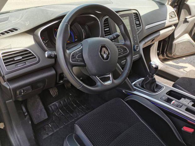 Photo miniature de la Renault Megane Estate 1.5 Blue dCi 115ch Intens 2020 d'occasion