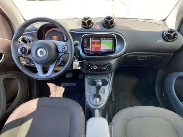 Photo miniature de la Smart fortwo Coupe 71ch passion twinamic E6c 2019 d'occasion