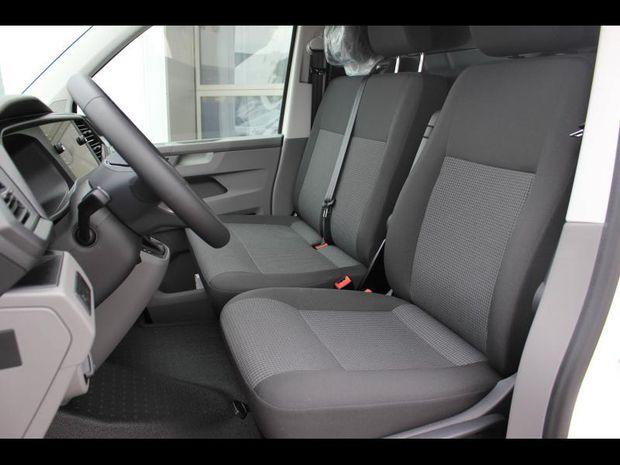 Photo miniature de la Volkswagen Transporter Fg 2.8T L1H1 2.0 TDI 150ch Business Plus DSG7 2021 d'occasion