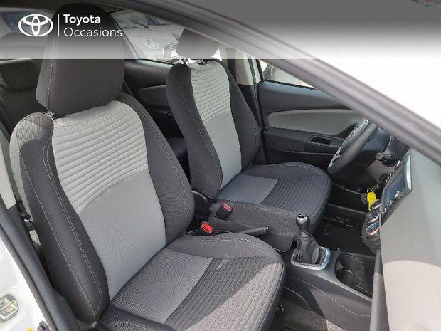 Photo miniature de la Toyota Yaris 69 VVT-i France 5p 2018 d'occasion