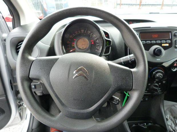 Photo miniature de la Citroën C1 VTi 72 S&S Feel 5p E6.d-TEMP 2019 d'occasion