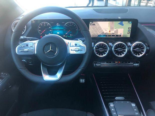 Photo miniature de la Mercedes GLA Classe  250 e 160+102ch AMG Line 8G-DCT 2021 d'occasion