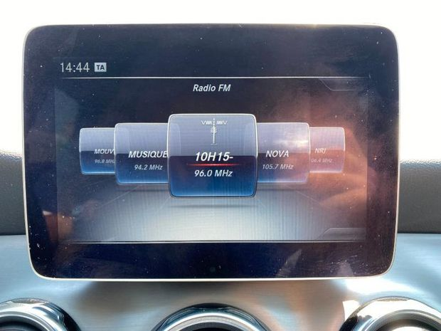 Photo miniature de la Mercedes GLA Classe  180 d Fascination 7G-DCT 2018 d'occasion