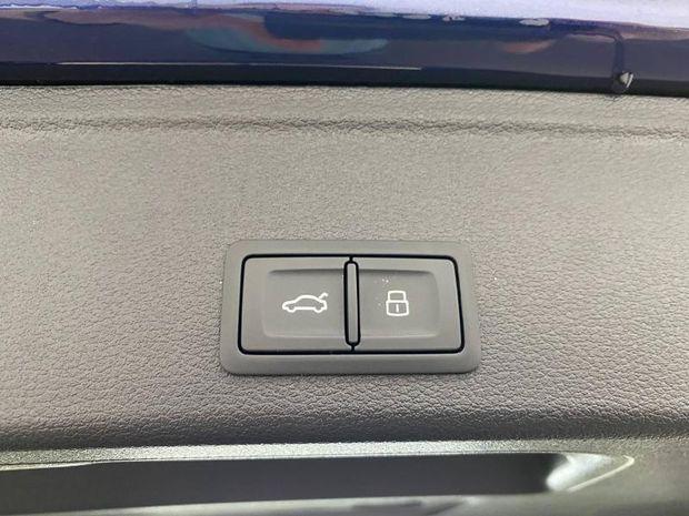 Photo miniature de la Audi A4 Avant 35 TFSI 150ch S tronic 7 2020 d'occasion