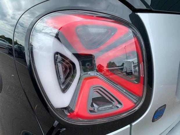 Photo miniature de la Smart fortwo Coupe Electrique 82ch prime 2021 d'occasion
