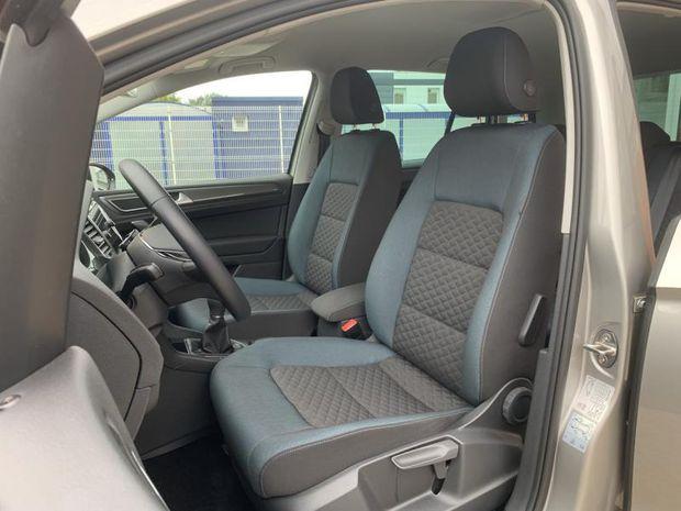 Photo miniature de la Volkswagen Golf Sportsvan 1.0 TSI 115ch BlueMotion Technology IQ.Drive Euro6d-T 2019 d'occasion