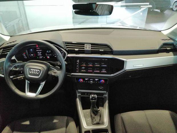 Photo miniature de la Audi Q3 35 TDI 150 ch S tronic 7 Design 2020 d'occasion