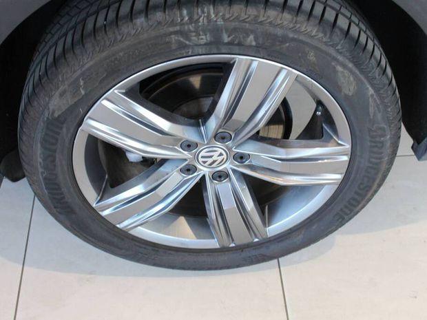 Photo miniature de la Volkswagen Tiguan Allspace 2.0 TDI 150 DSG7 Carat Exclusive 2018 d'occasion